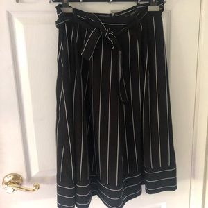 Banana Republic - Striped midi skirt